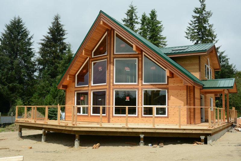 Sunburst chalet cedar home astoria oregon cedar homes for Cedar home designs