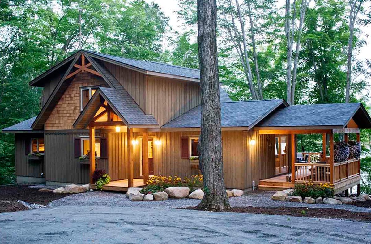 Award-Winning Custom Post Beam Home Cedar Home Design